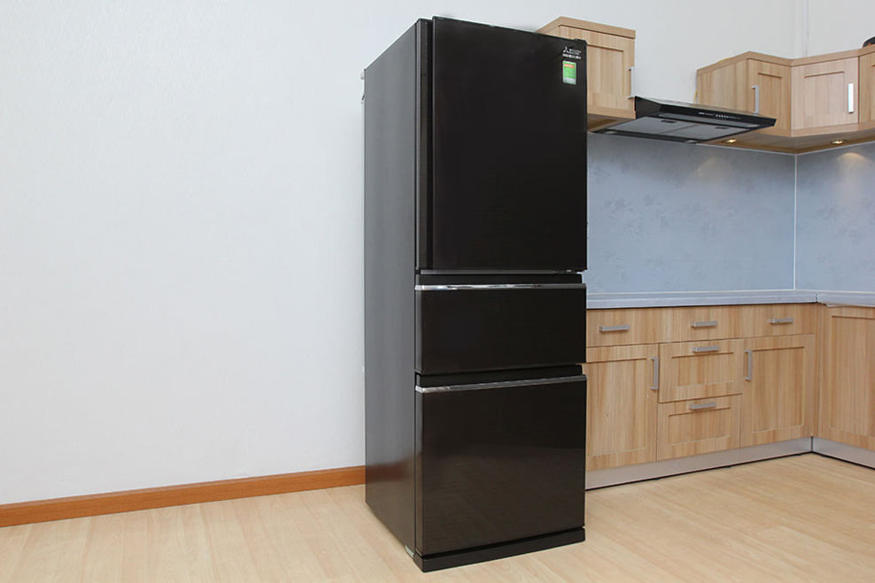 Tủ lạnh Mitsubishi Electric MR-CX41EJ-BRW 326 lít 3 cửa Inverter